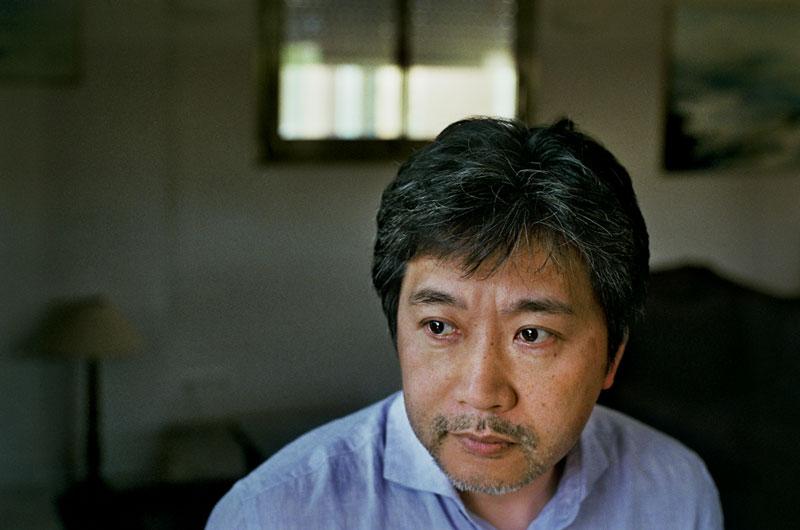 Hirokazu Kore-eda door Kris Dewitte
